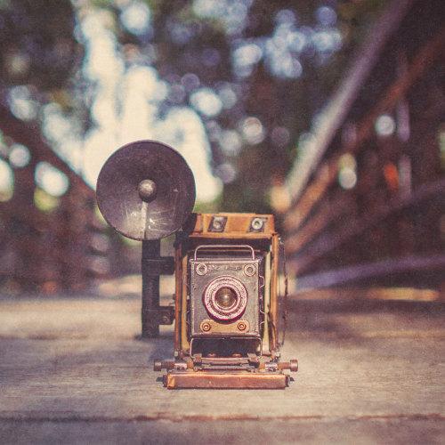metal-camera